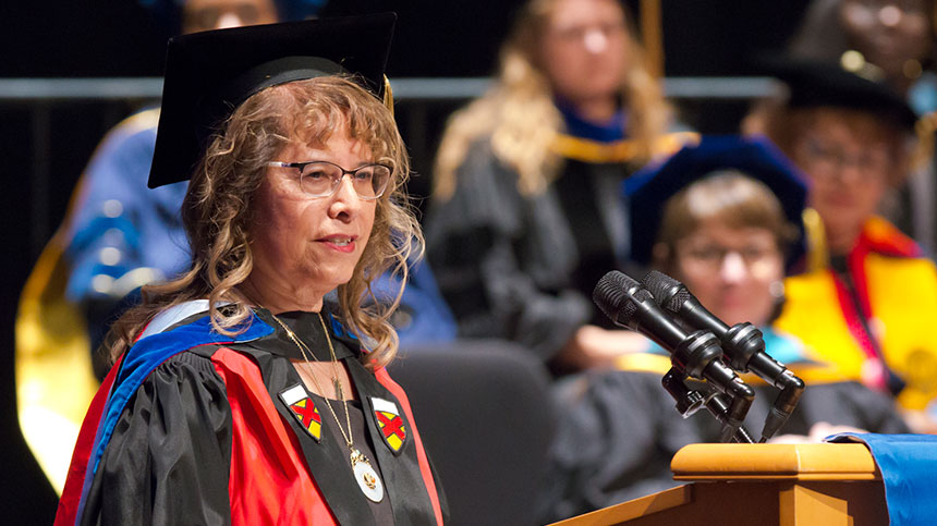 Carolyn Turner speaks at commencement